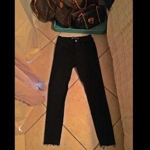 Levi High Rise Black Skinny Jeans w Raw Hem -NWOT-